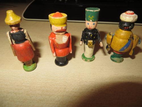 WHW Holzfiguren