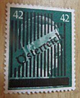 Hitler 1945 Gitteraufdruck  42 und 30 Pfennig  Briefmarken Österreich